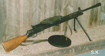 "The ""DP""  (note the 7,62mm round on top of the spare magazine)"